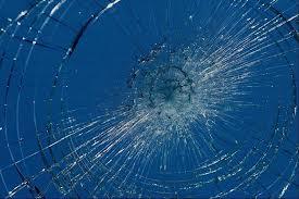 Shattered glass-1